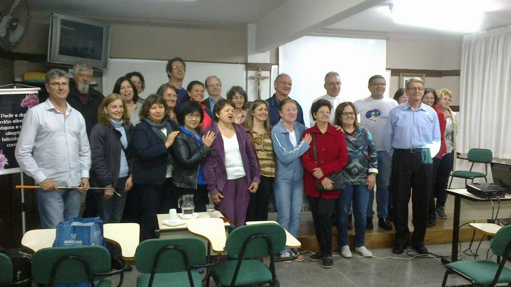 Participantes da Escola Itinerante do Dízimo realizada no Setor Cabral