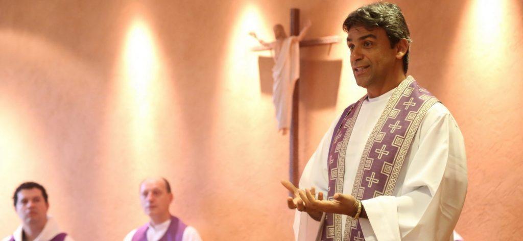 Padre Badacer Neto. Reprodução de pom.org.br
