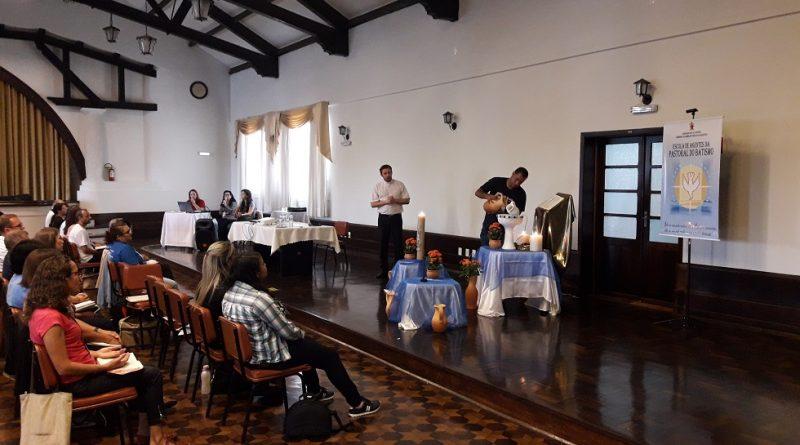 escola-agentes-pastoral-batismo5
