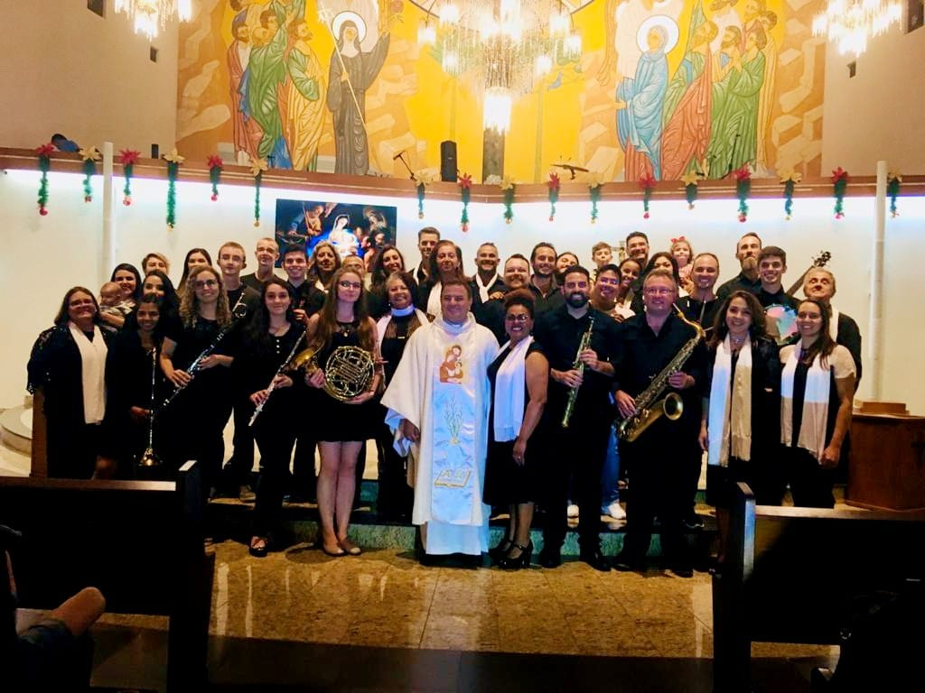 Celebração de Natal com o pároco/reitor Pe. Carlos Alberto Rodrigues, scj (Pe. Beto) Santuário Santa Rita de Cássia do Hauer – 2019. Foto: Pascom SRC.